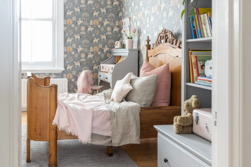 Ingrid's Vintage Bedroom